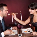 7 Foods to Avoid Eating on a Date (And What to Order Instead)