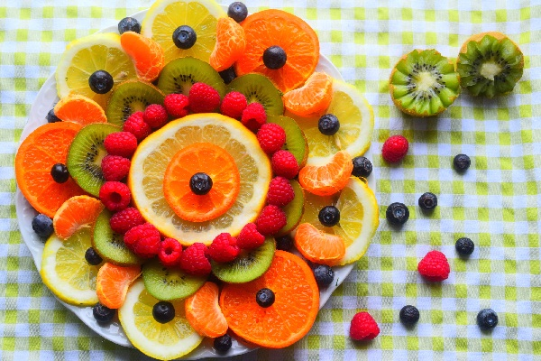 31 edible fruit decoration ideas that are actually simple for Decoration fruit