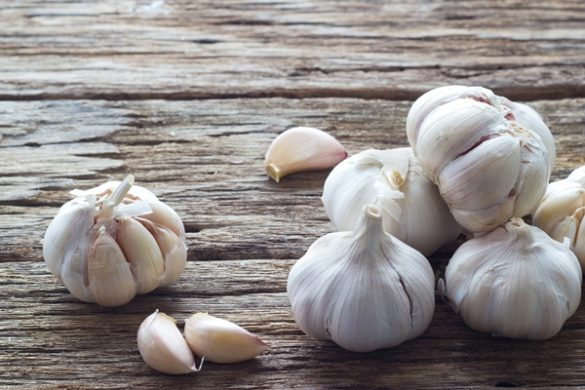 health benefits of raw garlic feature