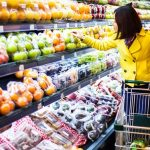 This is How Nutritionists Shop at the Grocery Store (But You Don't)