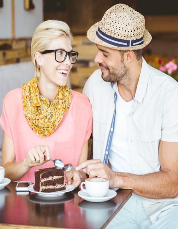 Must Have Table Manners for a Successful First Date